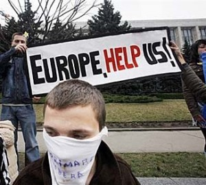 Tensions are increasing in the Eastern European countries that see the return of Russian expansionism.